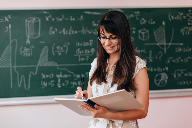 7 Reasons To Become A Teacher